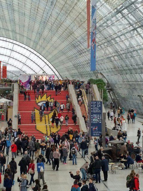 Treppe Glashalle Leipziger Messe - Buchmesse 2018